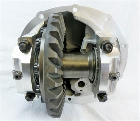 ford 9 inch center section for sale moser aluminum 9 5 quot ford center section drag racing for