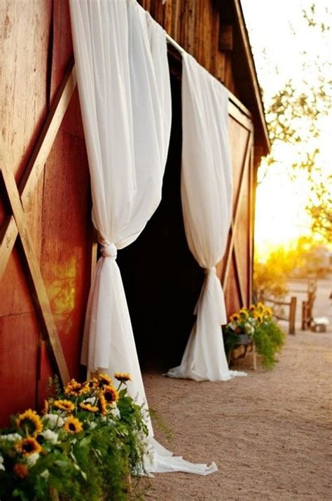 how to make drapes for wedding 30 inspirational rustic barn wedding ideas tulle
