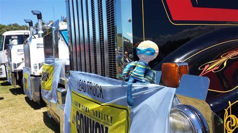Topi Trucker We Vape Here tobi at convoy