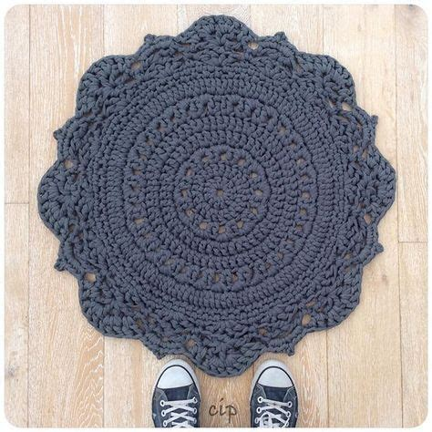 carpet crochet rug 25 best ideas about crochet carpet on knit