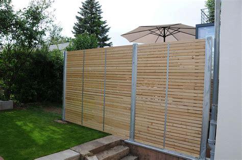 Sichtschutz Garten Metall Holz by Sichtschutzzaun Aus Holz Und Metall Bvrao
