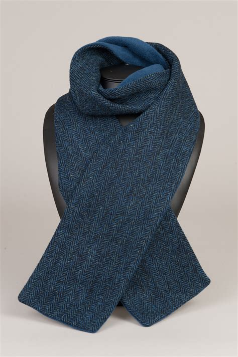 navy fleece lined harris tweed scarf made in scotland