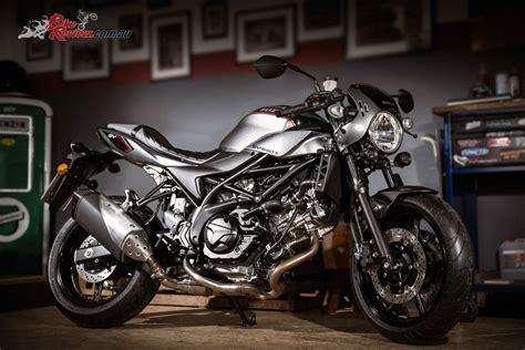 Suzuki Motorrad News 2018 by Suzuki Unveil 2018 Sv650x Cafe Racer At Eicma Bike Review