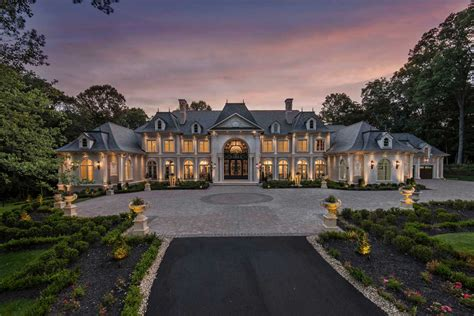 Great Falls Court Records Le Chateau De Lumiere Sets Record For Highest Price Paid For A Home In Great Falls