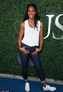 kelly rowland in a white tank top highlighing derriere in hilaria and alec baldwin enjoy date night at usta opening