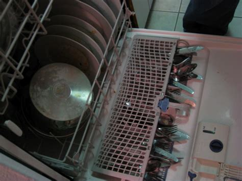 Utensil Rack For Dishwasher by Photo Of The Day Whirlpool Dishwasher Utensil Tray