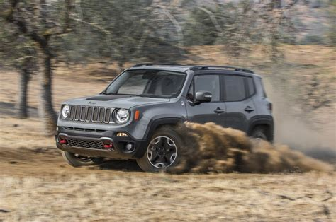 renegade jeep jeep renegade 2016 motor trend suv of the year contender