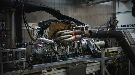 Aston Martin Valkyrie Specs by Aston Martin Reveals Spec Of Valkyrie S V12 Engine