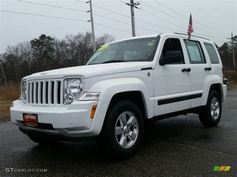 jeep white liberty 2012 bright white jeep liberty sport 4x4 102761004 photo