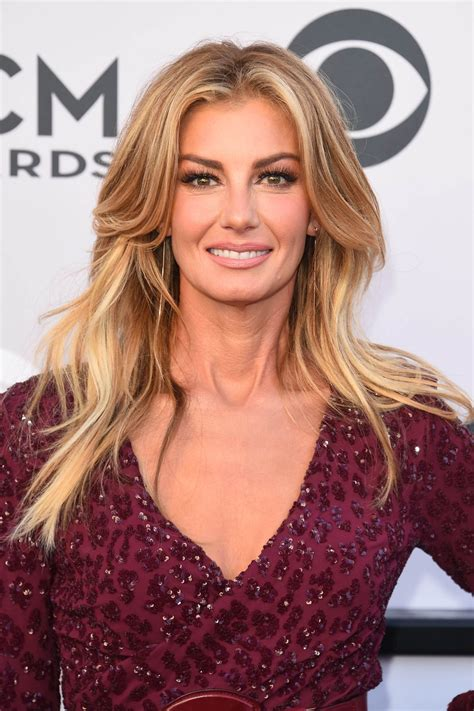 faith hill at 2017 academy of country music awards in las