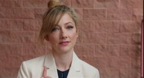 judy greer voice over judy greer gives advice to women in their 20s
