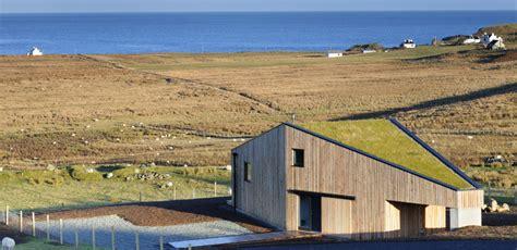 examples  living green roofs grass turf  succulent sedums homeli