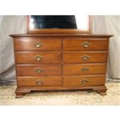 young hinkle bedroom furniture exc vintage solid cherry young hinkle bedroom dresser 06
