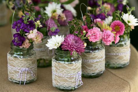 Beautiful Wedding Centepieces with Mason Jars   WedWebTalks