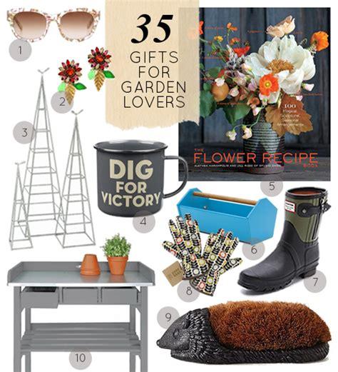 Gardener Gifts by 30 Gifts For The Gardener Design Sponge