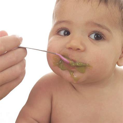alimentazione neonati guida a cibi sicuri e pappe neonati