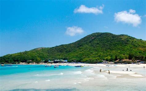 beaches  pattaya   perfect sandy getaway