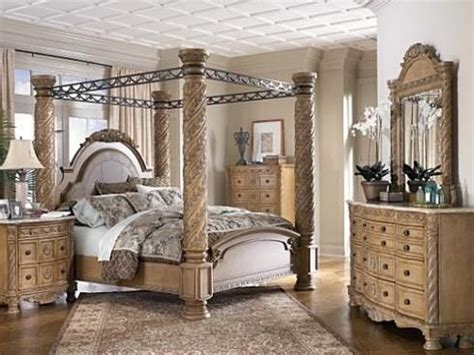 king canopy bedroom set my canopy king size bed king beds for me and my fiance