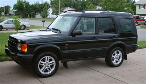 hayes car manuals 2002 land rover discovery series ii interior lighting service manual remove control arm 2002 land rover discovery series ii service manual tire