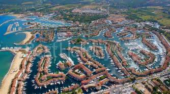 port grimaud in the center of golfe de tropez riviera
