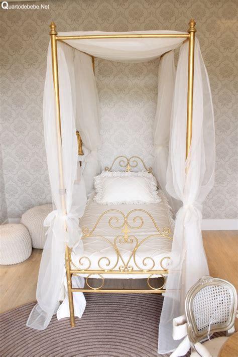 mini sofas para niños quarto de menina cinza com dossel estilo princesa