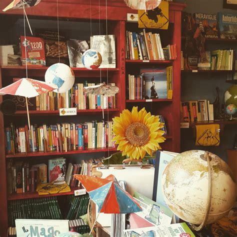 libreria viaggi una libreria per walden waldenviaggiapiedi