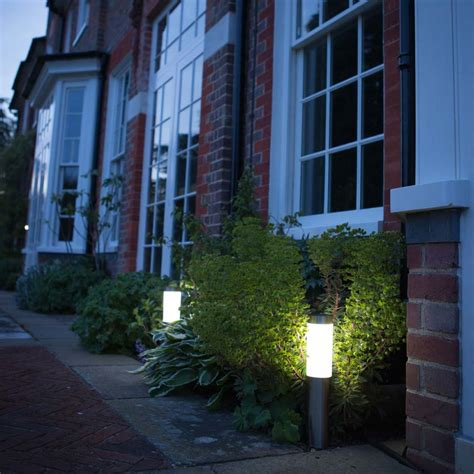Solar Lights Uk Xt Solar Post Lights Set Of 2