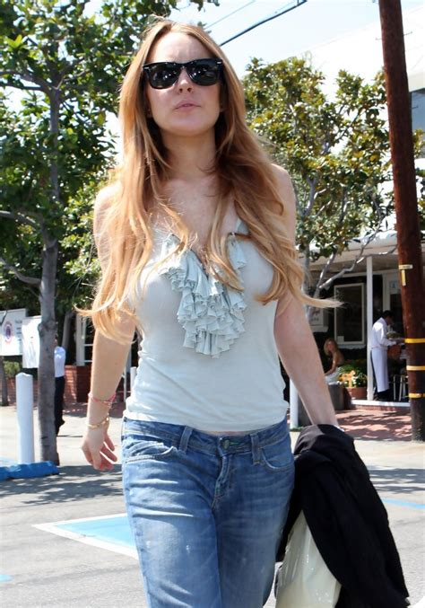 Style Lindsay Lohan Fabsugar Want Need 4 by Lindsay Lohan And Ronson Out Shopping In