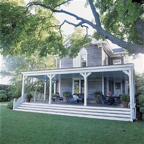 houses with big porches home exterior