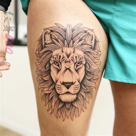 女生大腿上黑灰素描点刺技巧创意狮子纹身图片