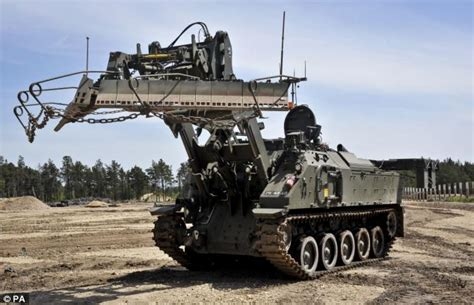Mobil Truck Engineering 777 52 Mobil Digger related keywords suggestions for most advanced army vehicles
