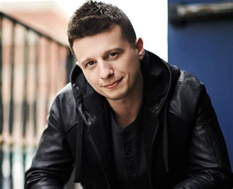 Mat Franco by Magician Mat Franco Ready To Dazzle Audiences At The Linq