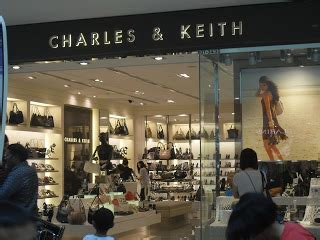 Charles N Keith 2 In 1 carrefour4 charles and keith