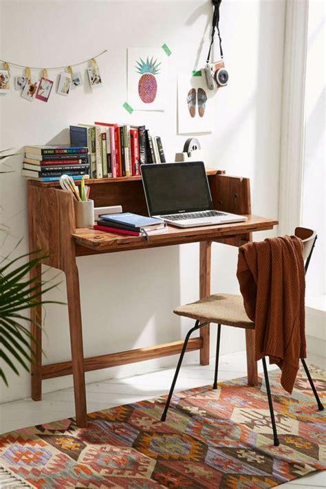 platzsparender schreibtisch klappschreibtisch im kleinen home office 33 fotobeispiele