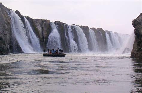 round boat name in tamil hogenakkal falls the niagara of india travel india