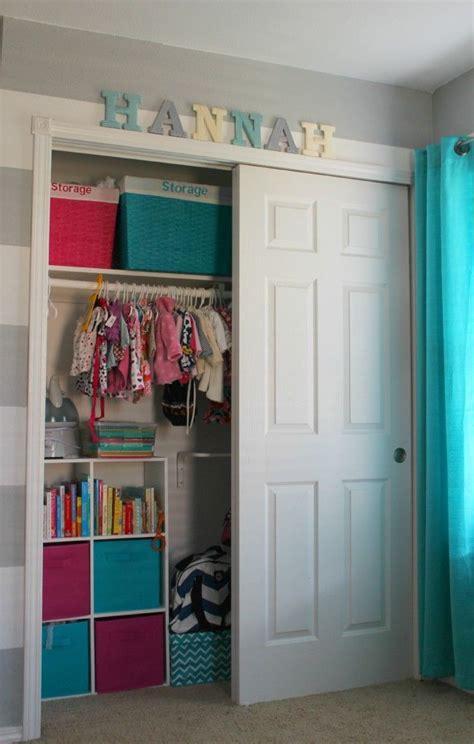 organizing  babys closet easy ideas tips