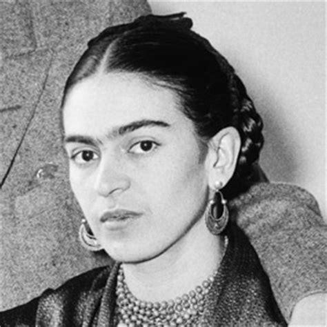 a e biography frida kahlo incorporating selfies and self portraits with frida kahlo