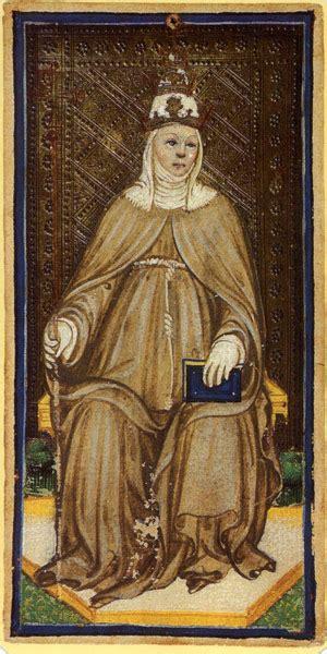 la ritratta su una grata in una celebre foto l arte falso nel medioevo festival medioevo