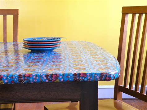 modernjune new elasticized tablecloths