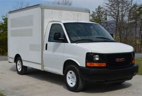 10 Foot Box Truck For Sale by 2006 Gmc Savana 3500 10 Ft Box Truck 1 Owner