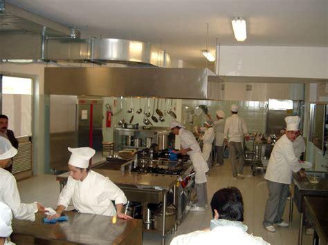 laboratorio di cucina a scuola regolamento laboratori di cucina e salabar ipsar