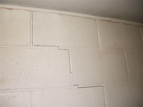 Foundation cracks in cinder block foundation