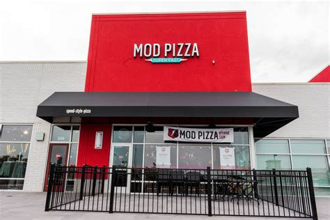 Mod Pizza Corporate Office by Projects B3 Construction