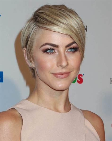 very short hair styles with center part top 25 short blonde hairstyles we love