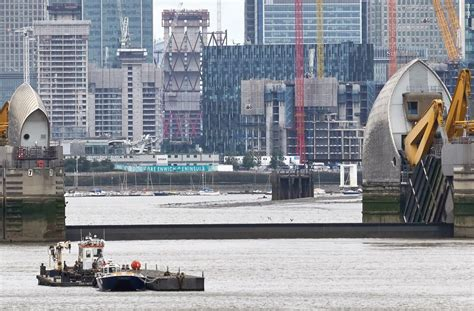 thames barrier falling radial gates captain jp s log