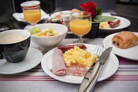 Breakfast Near Me Placesnearmenow Breakfast Buffets Near Me