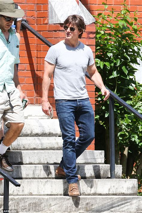 Sandal Denim Carakter tom cruise chats to co in between takes on the set of mena daily mail