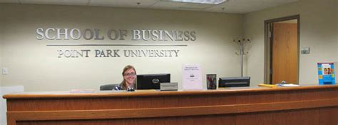 Mba Programs With Assistantships by M B A Graduate Assistantships Point Park