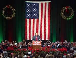 donald trump christmas speech donald trump s christmas card says merry christmas and