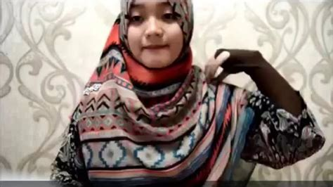 hijab tutorial pashmina wide shawl sifon simple modern hijab tutorial for long shawl hijabiworld